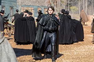 "Salem ""After The Fall"" (3x01) promotional picture"