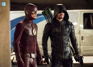 The Flash - Episode 3.08 - Invasion! - Promo Pics