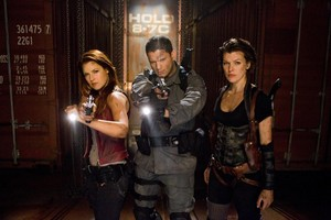 Resident Evil: Afterlife - Claire, Chris and Alice