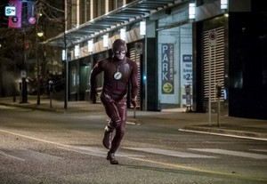 The Flash - Episode 3.14 - Attack on Central City - Promo Pics