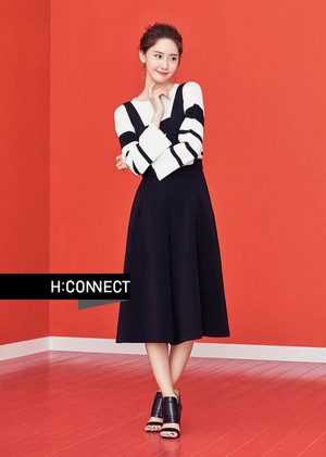 YOONA DOES '80'S LOOK IN SPRING ADS FOR H: CONNECT