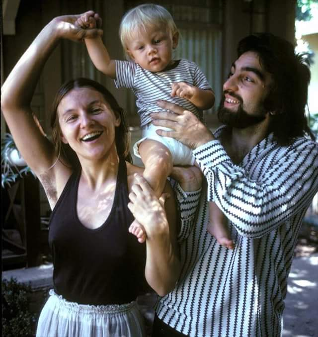 Baby Leo with parents