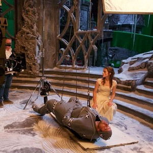 New bts pic of Emma in beauty and the beast