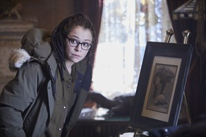 "Orphan Black ""Clutch of Greed"" (5x02) promotional picture"