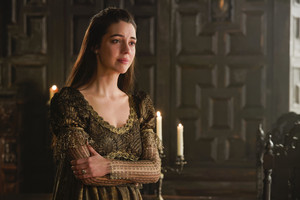 "Reign ""All It Cost Her..."" (4x16) promotional picture"