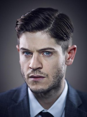 Iwan Rheon Picture