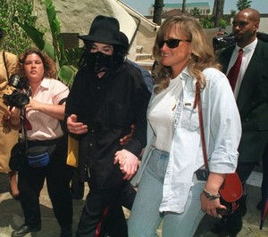 Michael Jackson And Second Wife, Debbie Rowe