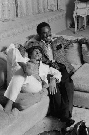 Aretha And 초 Husband, Glynn Turman