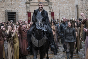 Euron and Yara Greyjoy in 'The Queen's Justice'