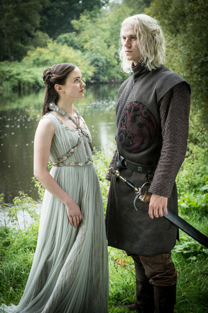 Game of Thrones - Episode 7.07 - The Dragon and the নেকড়ে