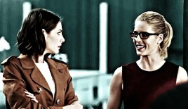 "felicity and thea ➵ ""do Ты have a minute? yeah. for you, anything."""