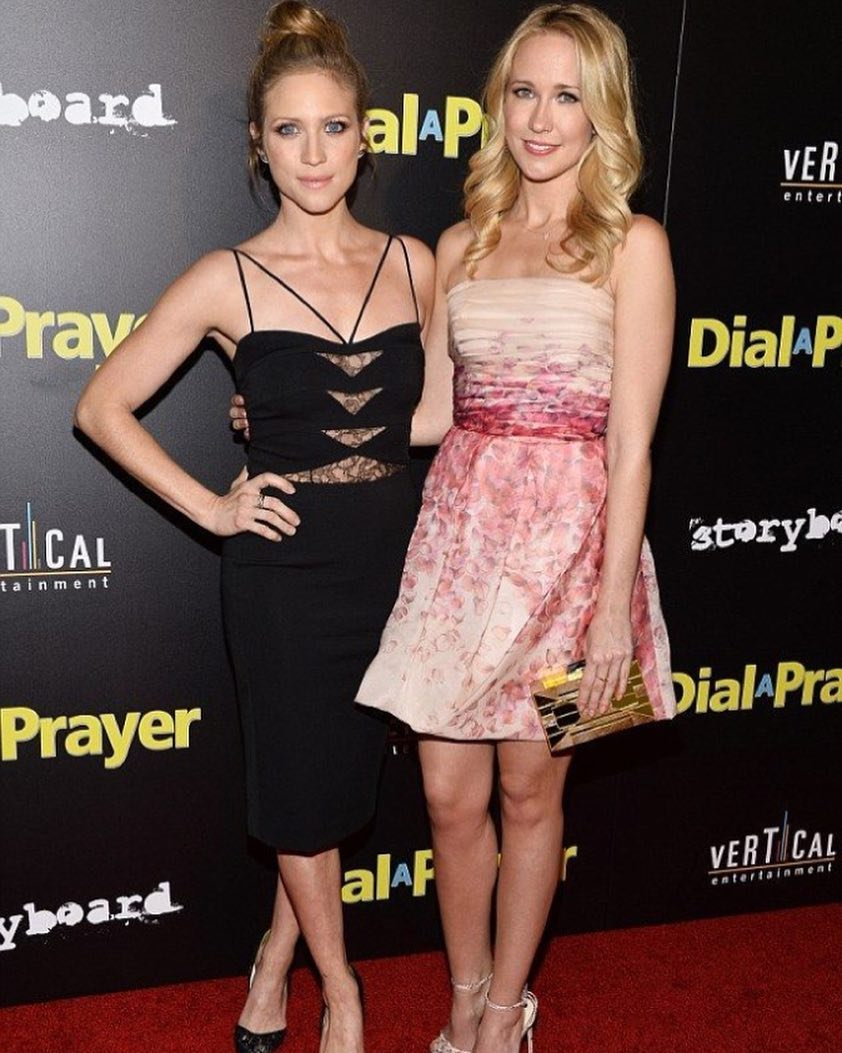 Brittany Snow and Anna Camp