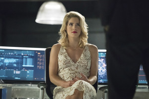 "Arrow 6x09 - ""Irreconcilable Differences"" promotional stills"