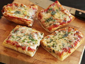 20130305 french bread pizza pizza lab 28