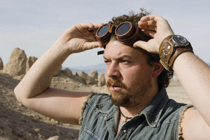 Danny McBride as Will Stanton in Land of the 迷失
