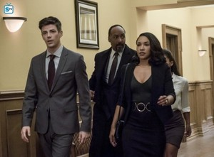 The Flash - Episode 4.10 - The Trial of The Flash - Promo Pics