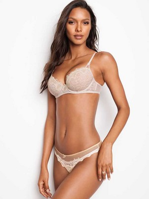 Victoria's Secret 2018 Catologue: Laís Ribeiro