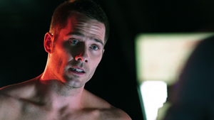 luke macfarlane shirtless-killjoys