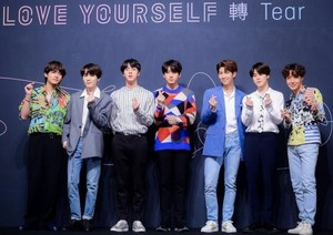 BTS FAKE Amore PRESS CONFERENCE