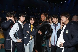 BTS with Tyra Banks ‏