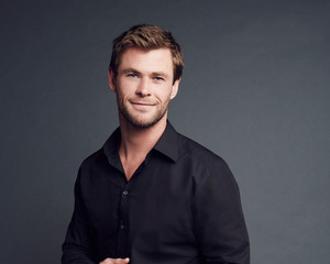 Chris Hemsworth - People's Choice Awards Portrait - 2016