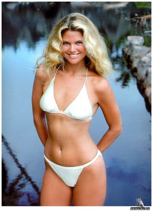 SI SpEd Knockouts 008 ChristieBrinkley 1979 phIooss