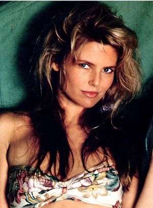 SI SpEd Knockouts 069 Christie Brinkley 1989 phZimmerman