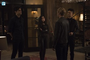 Shadowhunters - Season 3 - 3x08 - Promotional Stills
