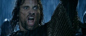 ARAGORN WANTS HIS CAKE!!!