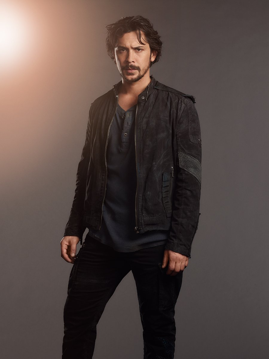 The 100 Season 5 - Bellamy Blake Official Picture