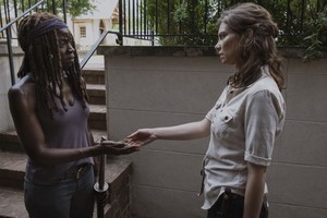 9x05 ~ What Comes After ~ Michonne and Maggie