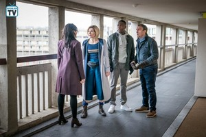 Doctor Who - Episode 11.04 - Arachnids in the UK - Promo Pics