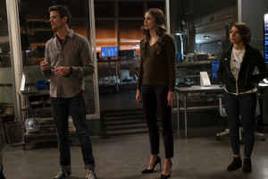 "The Flash 5.08 ""What's Past is Prologue"" Promotional afbeeldingen ⚡️"
