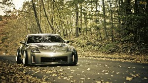 nissan wallpaper 1366x768
