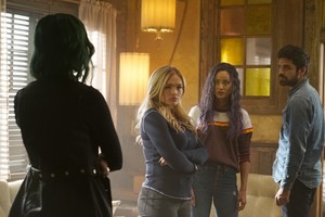 "The Gifted ""eneMy of My eneMy"" (2x10) promotional picture"