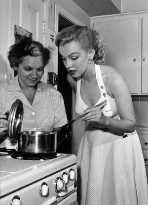 Marilyn In The cuisine