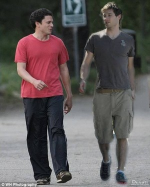 luke macfarlane and wentworth miller