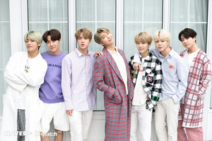 BTS x Dispatch Special White день
