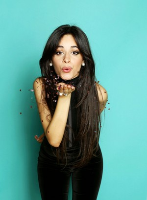Camila Jingle Ball Portraits (2015)