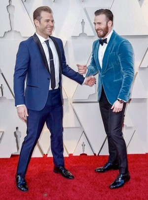 Chris and Scott Evans at the 2019 Academy Awards ~February 24, 2019