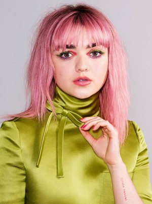Maisie Williams ~ Glamour ~ Spring/Summer 2019