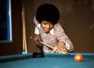 Michael.Shooting Pool