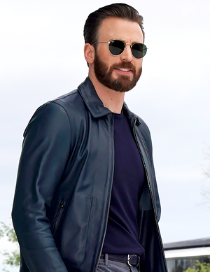 Chris Evans at the আপেল Event (March 25, 2019)