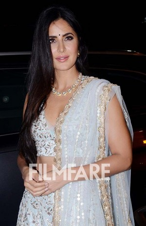 Katrina looking so beautiful in pink lipstick