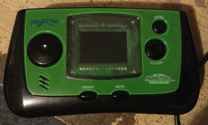 Miuchiz Monsterz Creeper Handheld