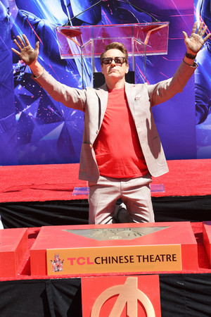 RDJ handprints ceremony at the TCL Chinese Theatre in Los Angeles (April 23, 2019)