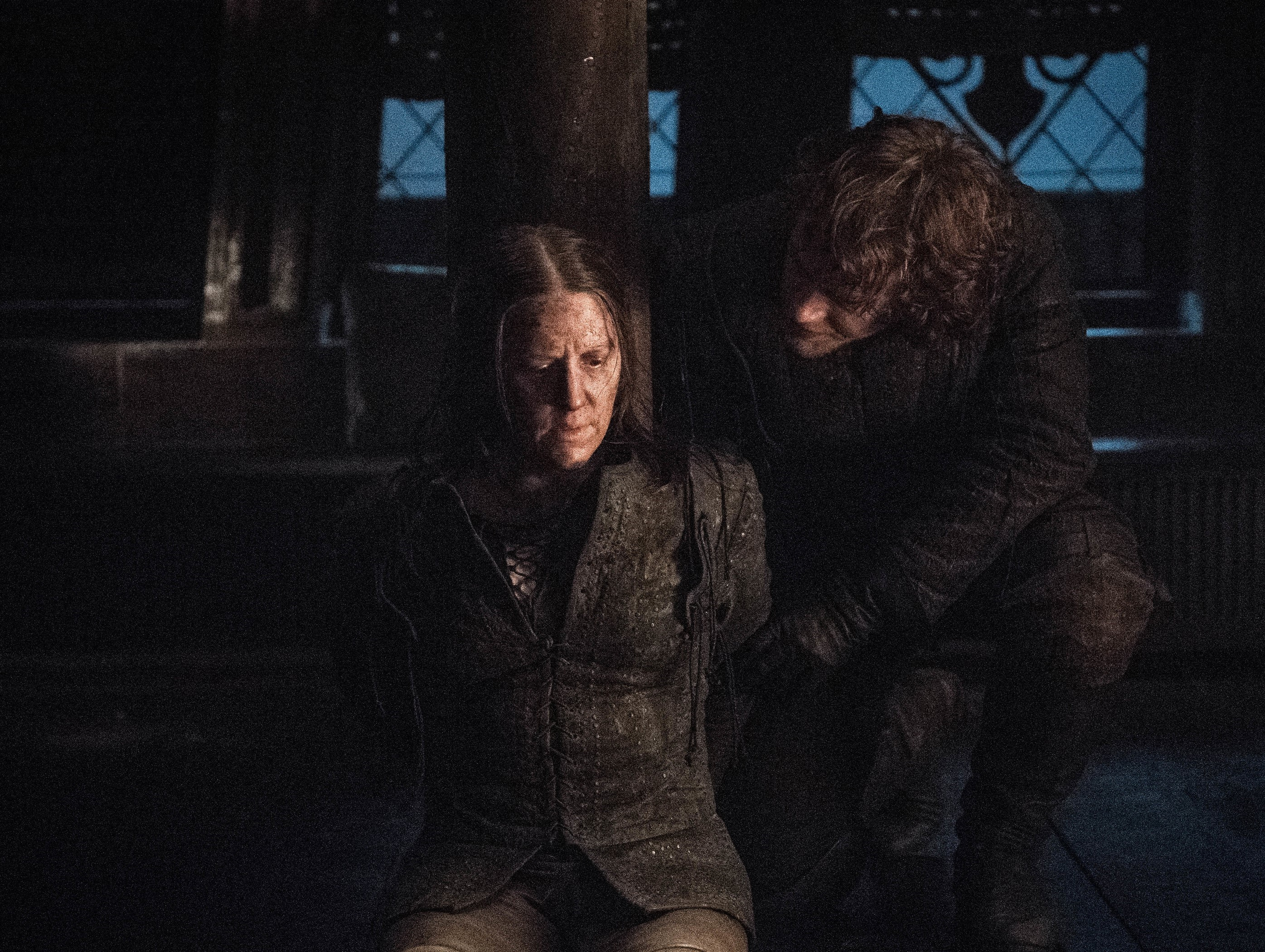 Yara and Theon Greyjoy in 'Winterfell'