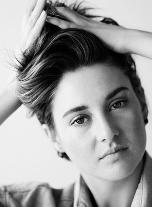 Shailene Woodley - Glamour UK Photoshoot - 2015