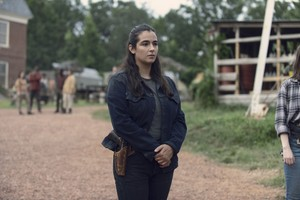 Tara in Evolution (9x08)