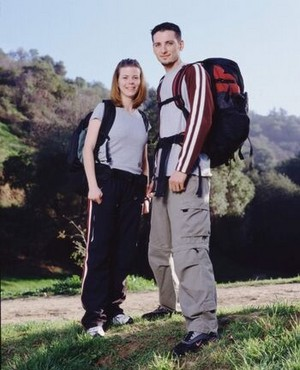 Amanda Adams and Chris Garry (The Amazing Race 4)